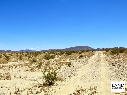 Completely Surrounded By Blm Land : Twentynine Palms : San Bernardino County : California