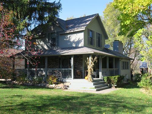 Amazing Attica Farm House : Attica : Lapeer County : Michigan