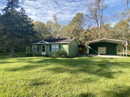 Home With Land Offers Country Livin : Jesup : Wayne County : Georgia