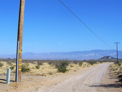 Awesome, Great Access, Power $548/M : Lucerne Valley : San Bernardino County : California