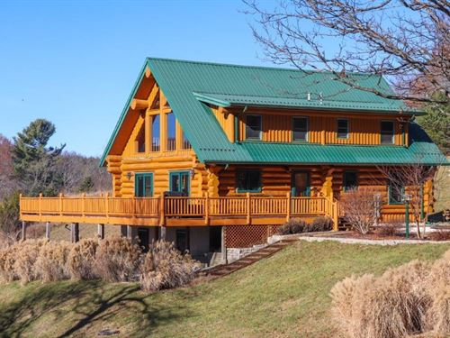Quality Constructed Log Home : Willis : Floyd County : Virginia