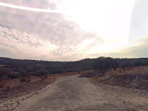 Buildable Lot Near Two Lakes No 296 : Lago Vista : Travis County : Texas