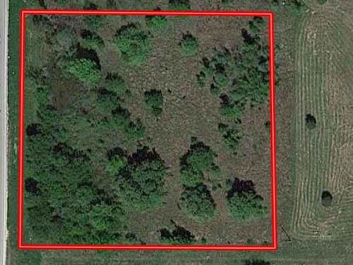 1.48 Acres in Henderson County, TX : Trinidad : Henderson County : Texas