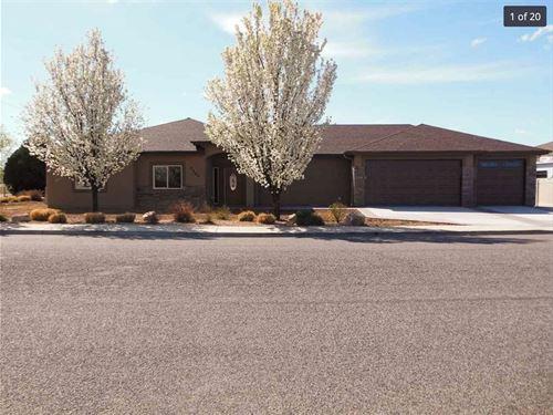 Colorado Golf Course Luxury : Grand Junction : Mesa County : Colorado
