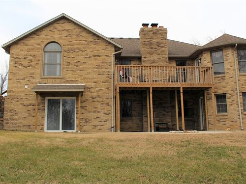 Brick Home on Acreage With Basement : Mansfield : Wright County : Missouri