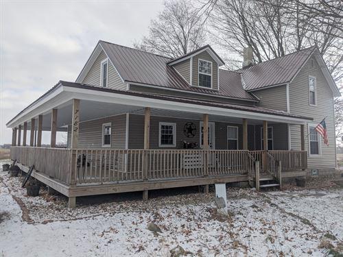 Farm House & Acreage : Fremont : Newaygo County : Michigan