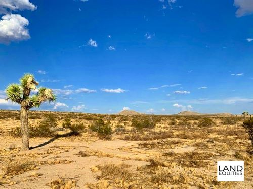 Great Location With Beautiful Views : Lucerne Valley : San Bernardino County : California