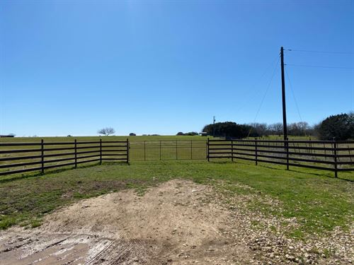 Perfect Piece of Country : Moody : Bell County : Texas