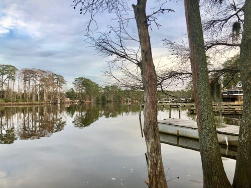 Waterfront Lot in Washington, NC : Washington : Beaufort County : North Carolina