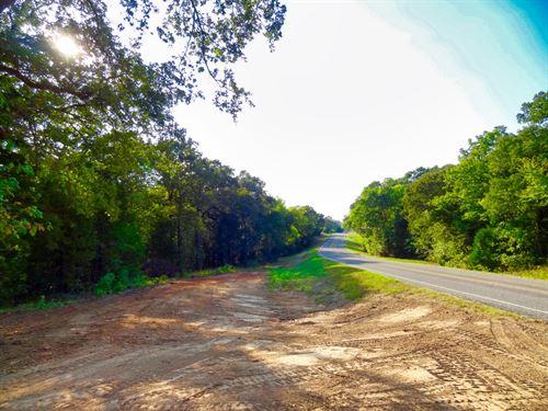 2.53 Acres Southeast of Dallas : Eustace : Henderson County : Texas