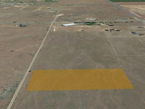 1.84 Acres of Beautiful Raw Land : New Pine Creek : Modoc County : California