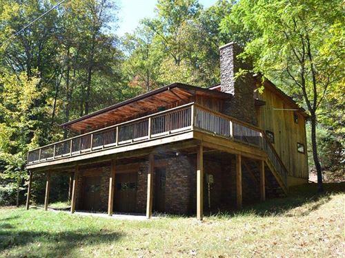 Beautiful Private Mountain Retreat : Catawba : Roanoke County : Virginia