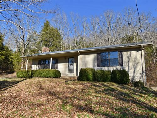 Under Contract Country Home : Linden : Perry County : Tennessee