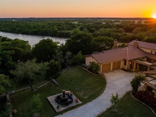 Riverfront Home Weatherford TX : Weatherford : Parker County : Texas