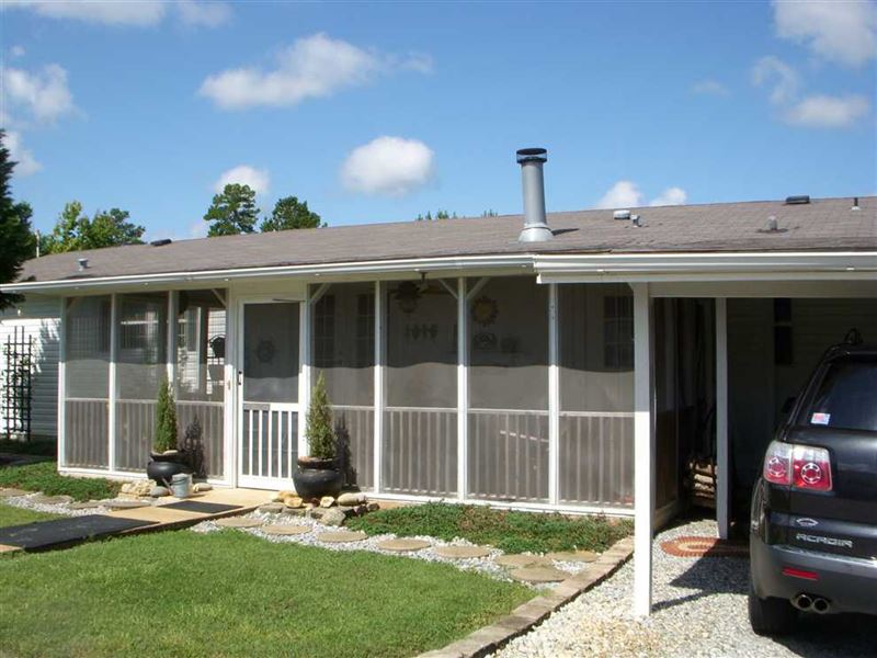 Immaculate 3Br, 2Bath Mobile Home : Baker Hill : Barbour County : Alabama