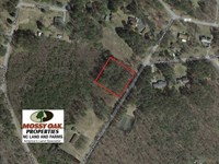 Reduced, 1.02 Acres of Residentia : Littleton : Halifax County : North Carolina
