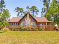 Beautiful & Modern Log Home : Washington : Beaufort County : North Carolina