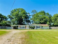 Farm Home On 1.7 Acres / Tylertown : Tylertown : Walthall County : Mississippi
