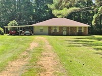 Home And 2 Acres On Magnolia Holmes : McComb : Pike County : Mississippi