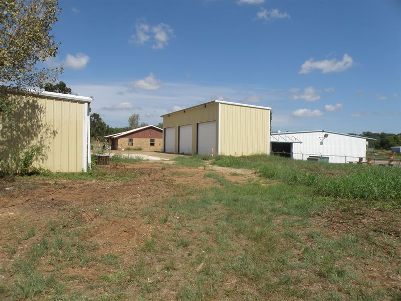 Texas Commercial Properties Auction : Palestine : Anderson County : Texas