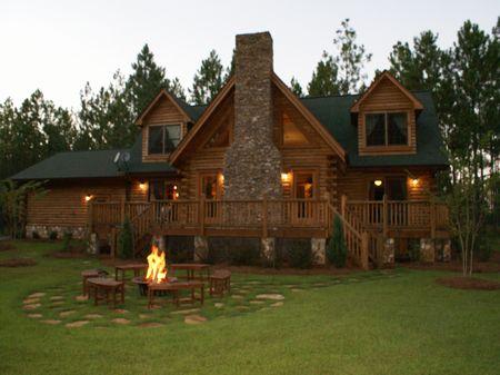 Log Home In Ocmulgee Banks : Hawkinsville : Pulaski County : Georgia