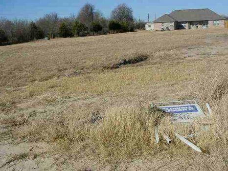 Rural Building Lot : Blossom : Lamar County : Texas