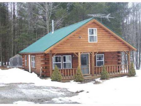Beautiful Maine Log Cabin : Starks : Somerset County : Maine