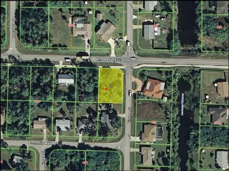 Corner Lot In Developed Area : Port Charlotte : Charlotte County : Florida