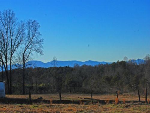 14 Acre Minifarm With Mountain View : Chesnee : Spartanburg County : South Carolina