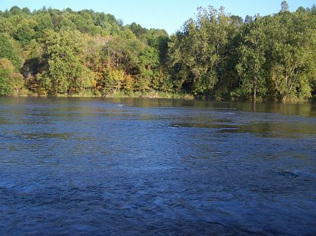 5 Acres New River Access Buildable : Independence : Grayson County : Virginia