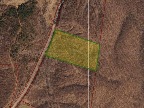 7.827 Acres In Sugar Tree : Sugar Tree : Decatur County : Tennessee