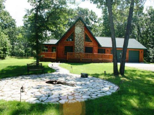 Gorgeous Log Home : Nekoosa : Adams County : Wisconsin