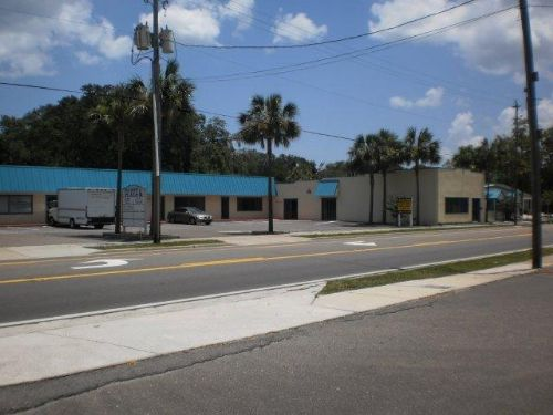 Auction Of ± 9,198 Sf Retail Center : Fernandina Beach : Nassau County : Florida