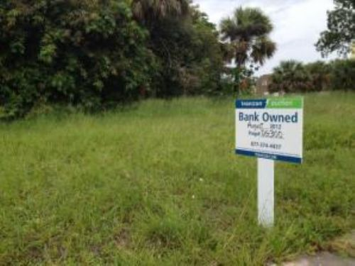 Bank Owned Auction: Multifamily Lot : West Palm Beach : Palm Beach County : Florida