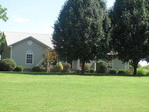4.2 Acres In Gleason : Gleason : Weakley County : Tennessee