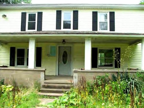 Put The Finishing Touches This Home : Glenville : Gilmer County : West Virginia