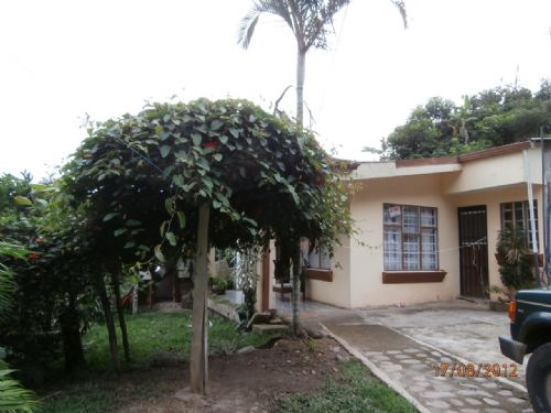 Cottage Overlooking River : Orosi Cartago : Costa Rica