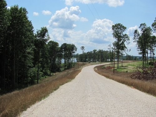 0.767 Acre Water Front Lot : Huntingdon : Carroll County : Tennessee
