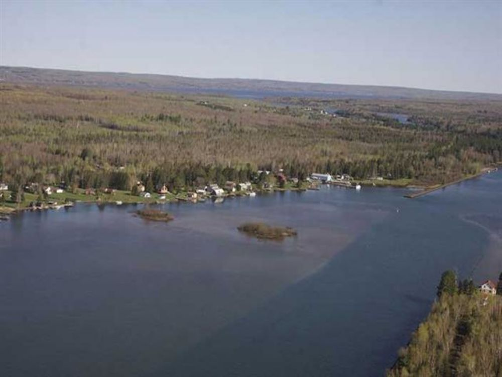 Lot I North Entry Road Mls 1070874 : Chassell : Houghton County : Michigan