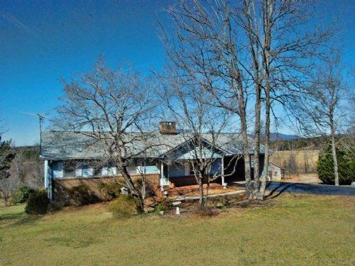 Home On 3 Acres With Mountain Views : Campobello : Spartanburg County : South Carolina