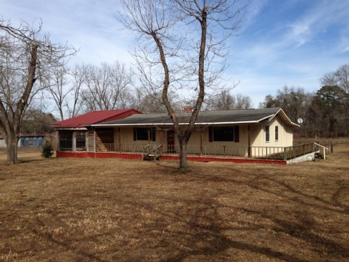3 Bedroom/2 Bath Home On 4.9+/- Ac : Clio : Barbour County : Alabama