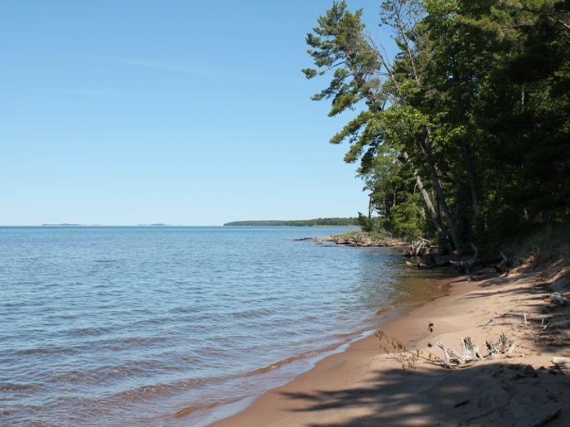 21771 Pine Beach Dr, 1078663 : Skanee : Baraga County : Michigan