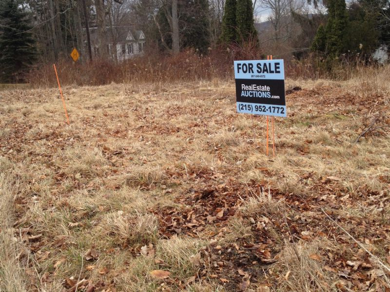 Private Cul-de-sac Residential Lot : Waverly : Lackawanna County : Pennsylvania