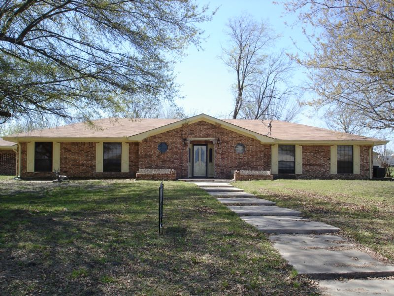 Lovely Country Home : Clarksville : Red River County : Texas