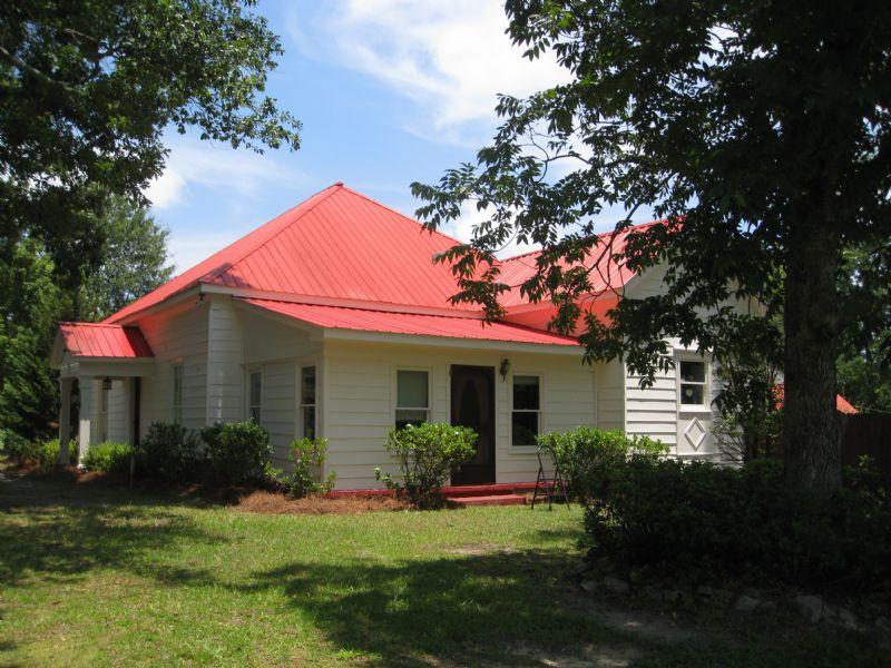 Perfect Location, 3.7 Acres, & Pool : Grayson : Gwinnett County : Georgia