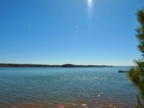 Pristine Lakefront Estates : Fair Play : Oconee County : South Carolina