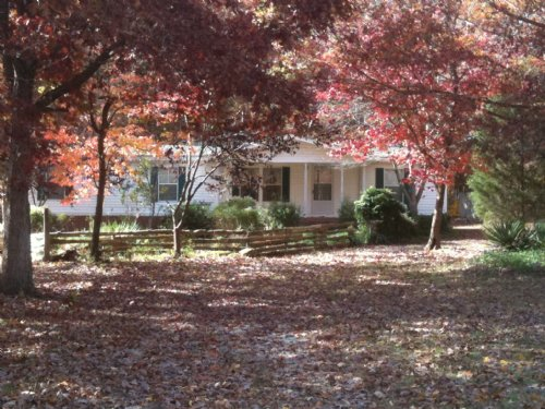 4.1 Ac. Horse / Hobby Farm : Abbeville : South Carolina
