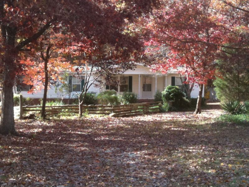 4.1 Ac. Horse / Hobby Farm : Abbeville : Abbeville County : South Carolina