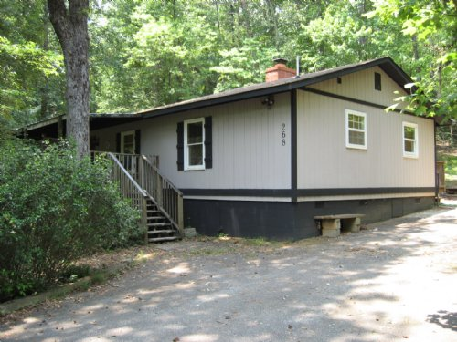 Mountain Cabin Adjoining State Park : Pickens : South Carolina