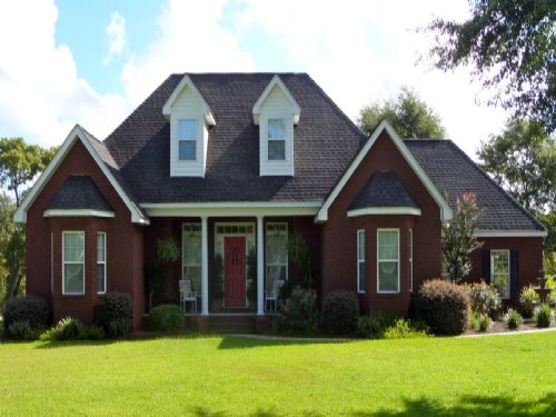Elegant Brick Home On 4 Acres : Jesup : Wayne County : Georgia